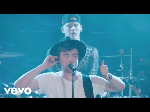 Rixton - Hotel Ceiling (Live) - #VevoHalloween