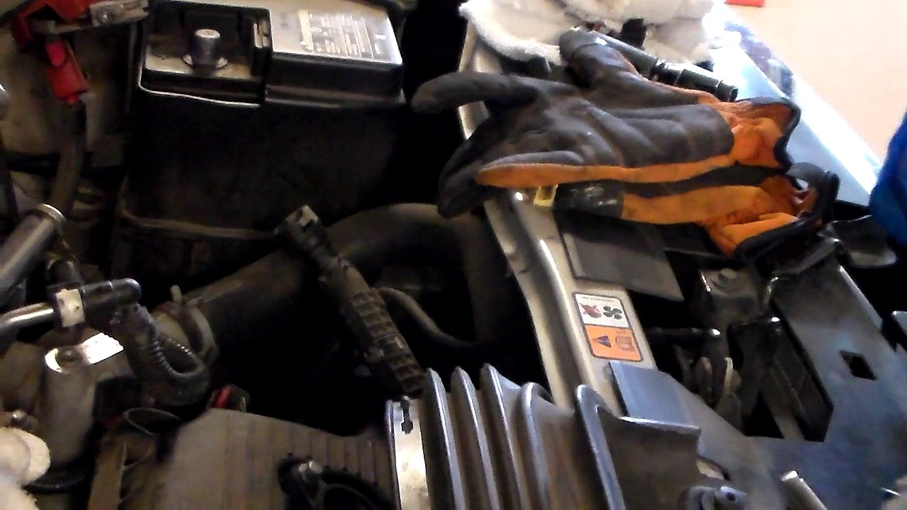 hight resolution of 2009 ford escape fuel injector removal