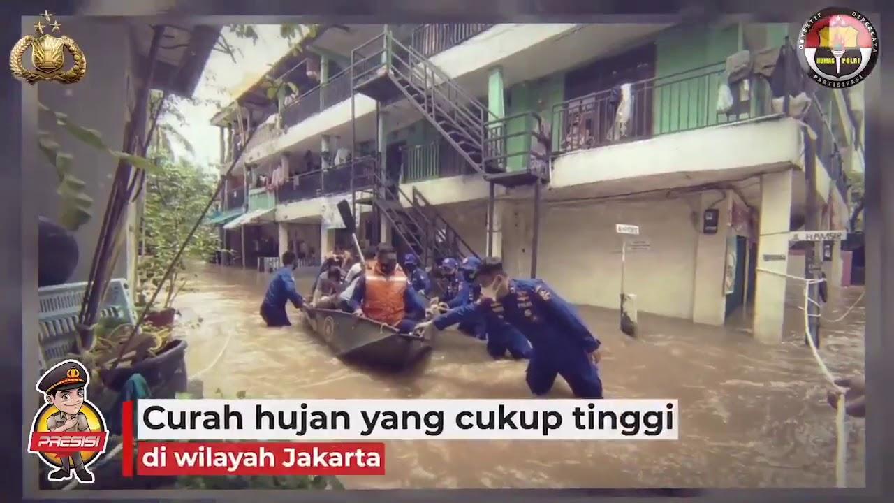 TIM SAR KORPOLAIRUD EVAKUASI KORBAN BANJIR DI JAKARTA.  #KesiapsiagaanPolri Solidaritas Bantu Sesama