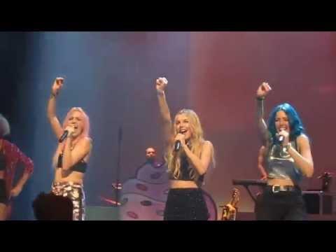 Sweet California | Wonder Woman | 8 de Noviembre | Wonder Tour Bilbao | Teatro Campos