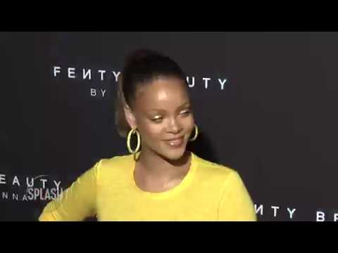 Rihanna is suing her father for exploiting her name | Daily Celebrity News | Splash TV Mp3
