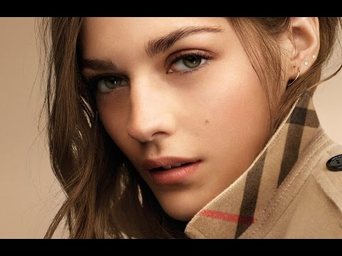 Introducing Burberry Cashmere Collection make-up