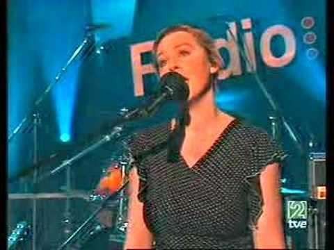 Anathema -  A Natural Disaster (live, Radio 3, June 2004)