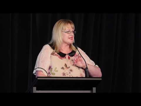 Theresa Gattung key note presentation at #worldwomen17 💃