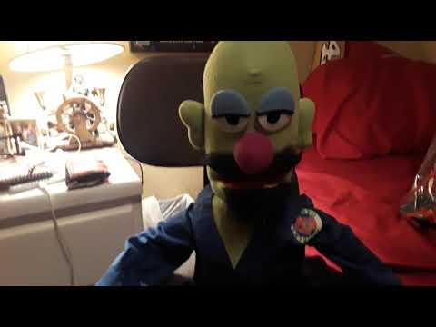 MUPPET WHATNOT PUPPET Review ! MUPPET WHATNOT WORKSHOP | Justin G.
