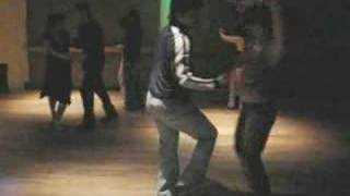 Salsa dancers Valio La Pena by Marc Anthony