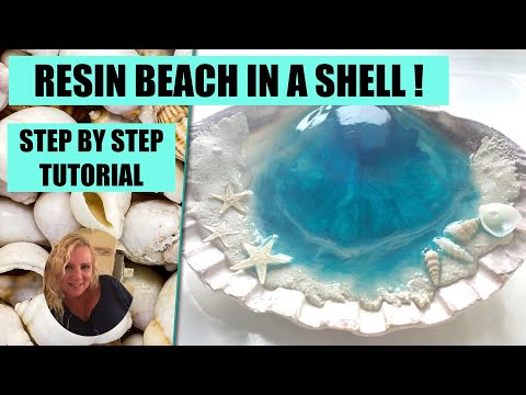 (61) Epoxy Resin Beach In A Shell
