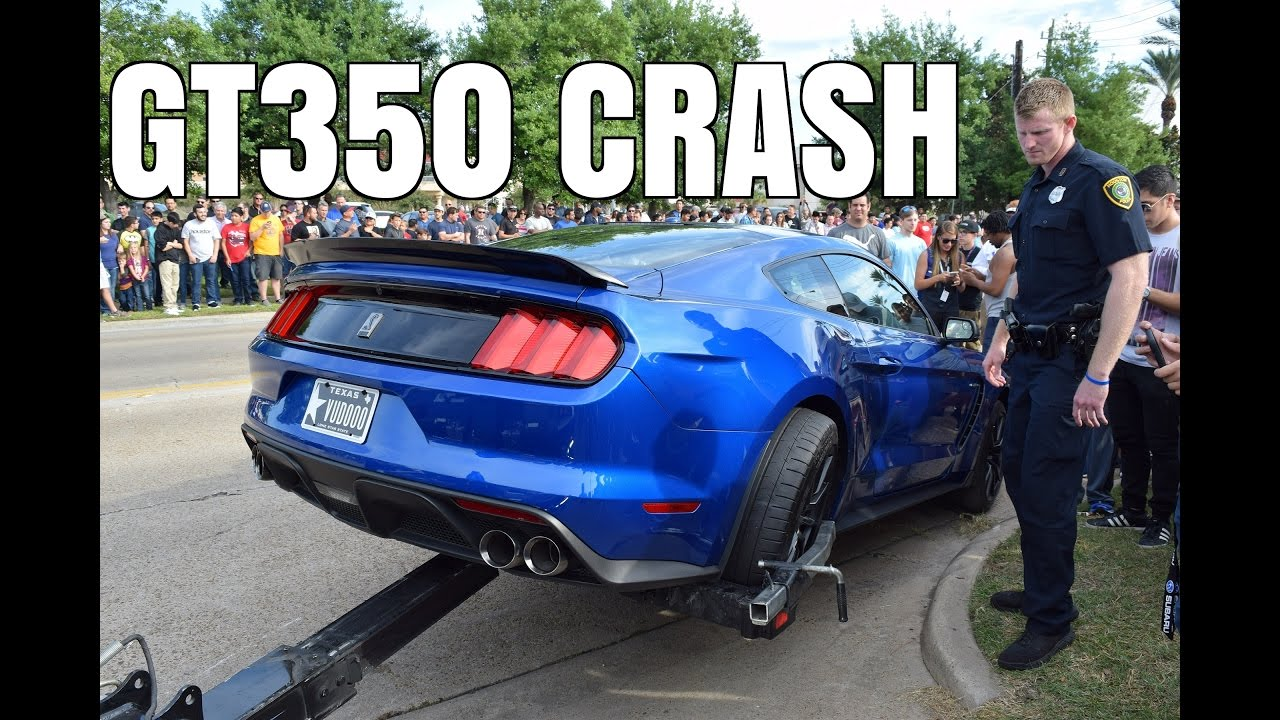 GT350 Mustang CRASHES Leaving Cars & Coffee - YouTube