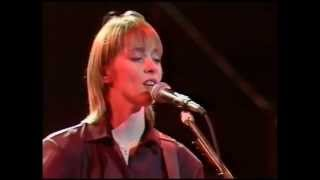 Suzanne Vega - Gypsy (official music video)