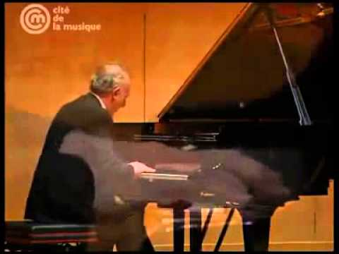 Maurizio Pollini - Robert Schumann - Grand Concerto Without Orchestra, op.14 (1 of 2)