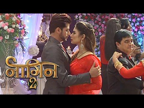 Rocky & Shivangi ROMANTIC Dance   Naagin 2 thumbnail