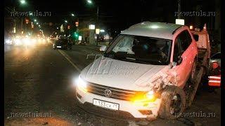 В Туле ГАЗель сбила участников ДТП с Volkswagen и Mercedes