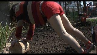 Как сажать газон(Процесс посадки и прикатывания газона., 2015-04-17T16:28:22.000Z)