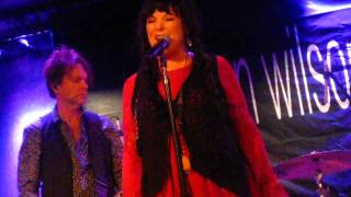 Watch Ann Wilson Isolation video
