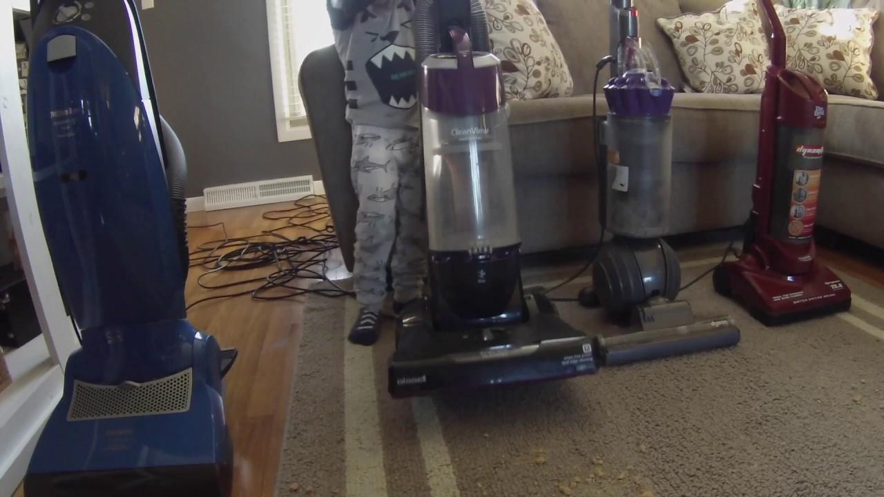 vacuum challenge santa makes a mess bissell vs dyson. Black Bedroom Furniture Sets. Home Design Ideas