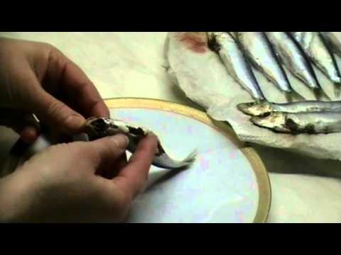Sardinen ausnehmen