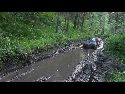 Land Rover Defender 90 vs Suzuki Jimny  off road Russia