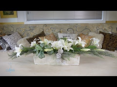 Floristry Tutorial: White Table Flowers for Christmas thumbnail