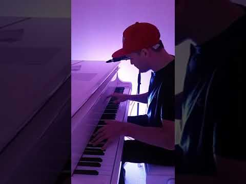 Paul Skelton dance and trance classics on piano