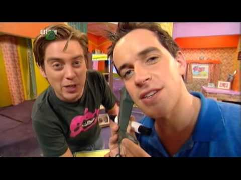 Dick dom in the bungalow