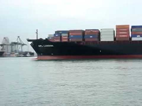 Container ship APL London.flv