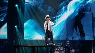 周深(Zhou Shen)演唱會2019年11月9日北京站串燒-《身騎白馬》+《Think of me》+絕美吟唱版《貝加爾湖畔》