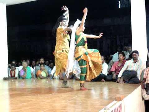 Natiya Nadagam on Thirukutrala Kuravanji