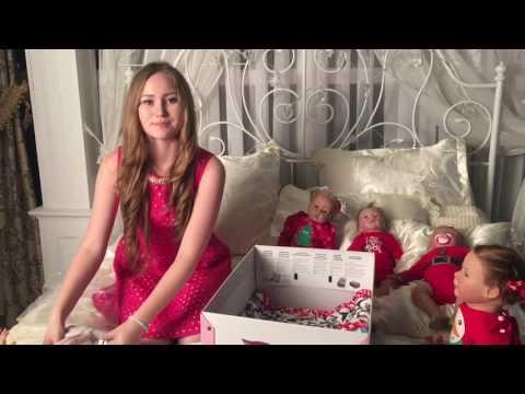 видео: Открываю новогодний подарок.🎁reborn baby box opening!🎁🎁