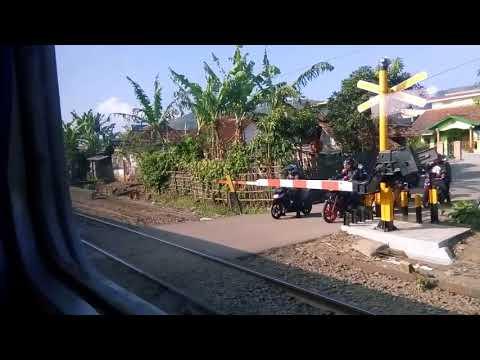 Trip By Train - Naik KA 80 Lodaya Pagi