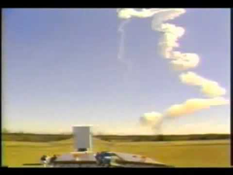 FOUND FOOTAGE: NASA Challenger Explosion 1986 - YouTube
