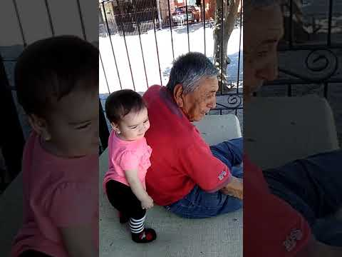 Alexa palma y su abuelito delio