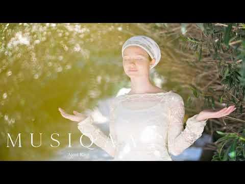 Ajeet Kaur ⋄ Darshan ⋄ Sacred Mantra's ⋄ Meditation ⋄ Yoga ⋄ Celebrate The Essence Of Life