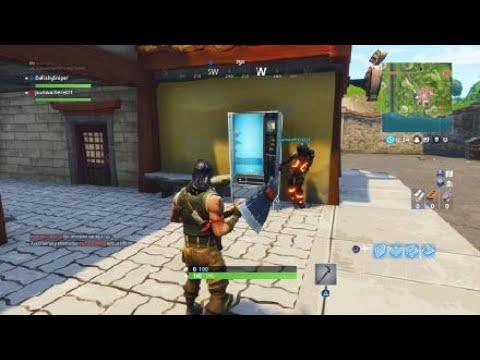 Fortnite Vending Machine Location - Lucky Landing