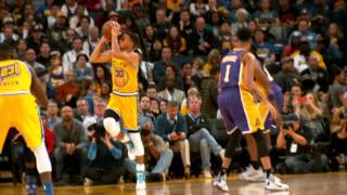 Phantom: Warriors Defeat Lakers To Go 16-0