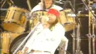 QUEEN & AXL ROSE - WE WILL ROCK YOU (tributo a freddie mercury) 1992