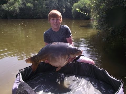 Carp Fishing In France! (New)