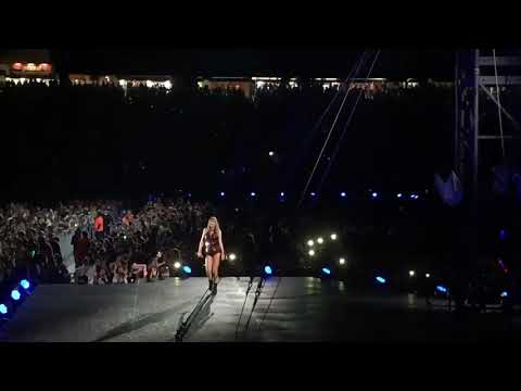 Taylor Swift - Blank Space (Live At Reputation Stadium Tour)