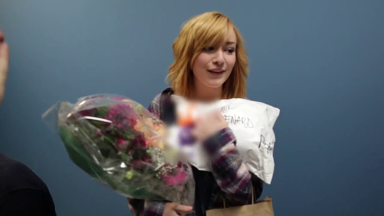 Download Skins (US) Behind the Scenes - Ep. 10 - Cast Wrapping