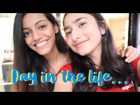Day in the life of 2 average Indian YouTubers ft. Zoya Abbas (Vlog) | Harshala Patil