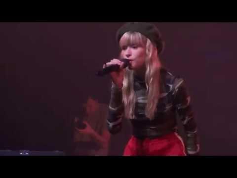 Angèle - Balance Ton Quoi (Live à Bruxelles - Brol Tour, Ancienne Belgique) HD