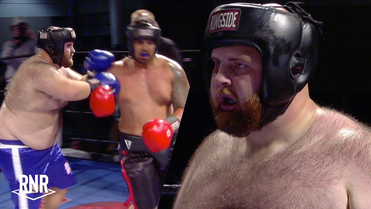 Woolly Mammoth Battles Samoan Behemoth- No boxing skills but fun