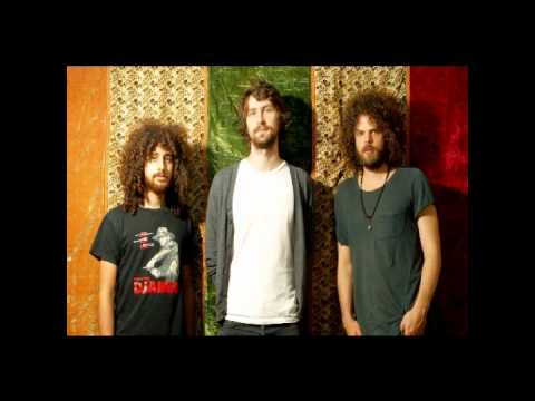Wolfmother 'Mannish Boy' Cover [Muddy Waters]