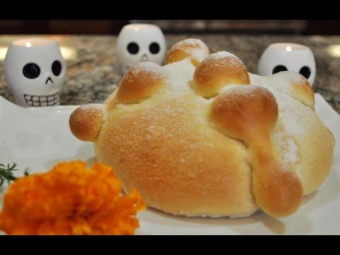 💖 Day Of The Dead Bread - RECIPE - Pan Muerto para el dia de los muertos | Halloween recipes ideas