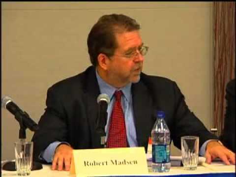 Robert Madsen - Global and Asia Economist - Speaker - The Insight Bureau