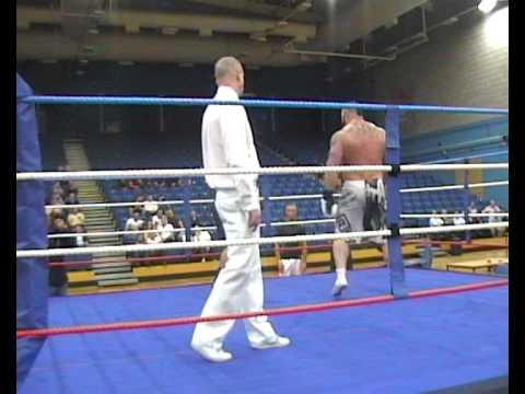 UK's Strongest Man Eddie Hall boxing Nik Wiggins CHARITY MATCH (David Vs Goliath)