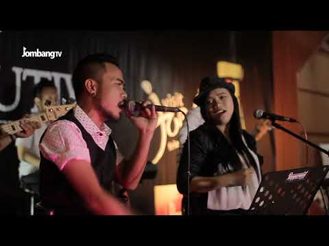 DUA CINCIN - PEPPERMINT BAND  - XCUTIVE CAFE