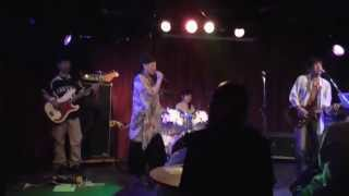 サディスティック・ミカ・バンド のカバー。Ciel Bleu というアマチュア...