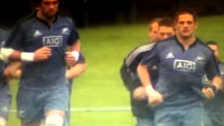 All Blacks Richie McCaw and his cool running
