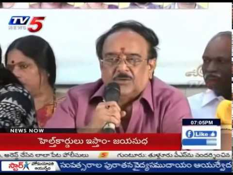 Paruchuri Venkateswara Rao Supports Jayasudha | Maa Election War : TV5 News