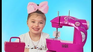 Dominika Play with funny Toy Sewing machine